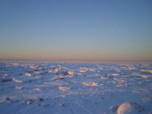 №11 «Зимой-то у нас стоят снежочки белые, Снежочки белые, пушистые, На земле блестят, будто светлы звёздочки, А льды наши зимние блестят, будто браманты»