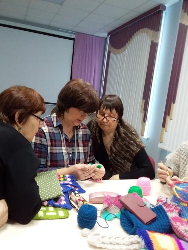 Клуб любителей вязания «Серебряная нить»