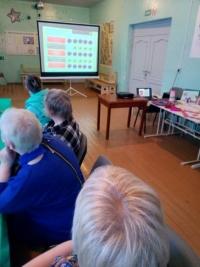 Интеллектуальная игра «Приморскому району – 90 лет» состоялась для участниц женского клуба «Княгини» в Княжестрове