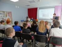 Встреча учащихся Уемской средней школы с представителями Архангельской областной специальной библиотеки для слепых